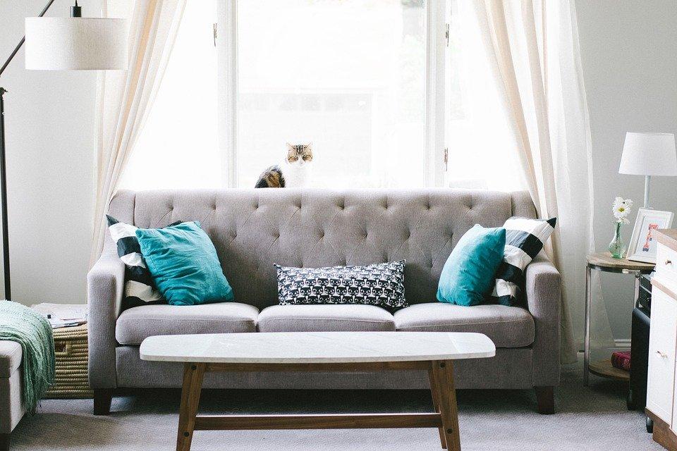Интериор диван